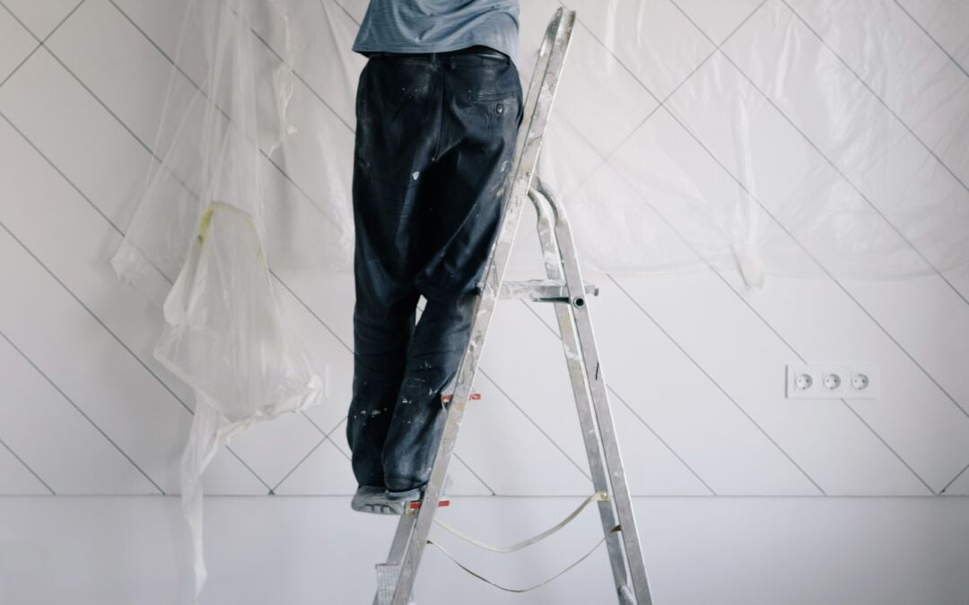 Include Professional Stucco Repair In Your Fall Home Maintenance